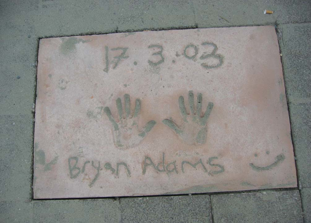 Bryan Adams Tegel